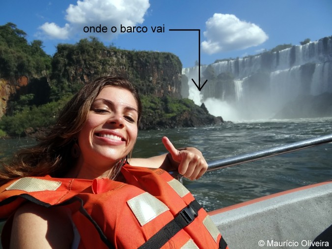 Monique com legenda e onde o barco do Gran Aventura vai BlogTurFoz Mauricio Cataratas do Iguacu lado argentino