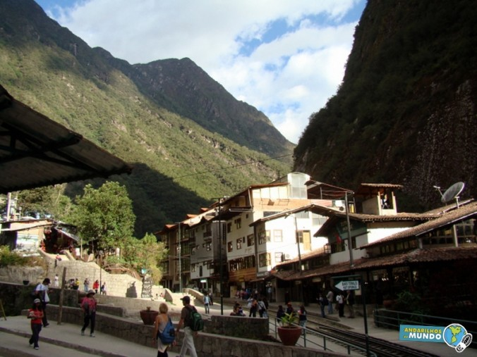 Aguas Calientes panorama
