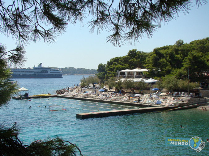 Ilha de Hvar Croacia beach club