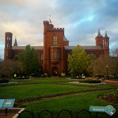 Smithsonian Institution-2